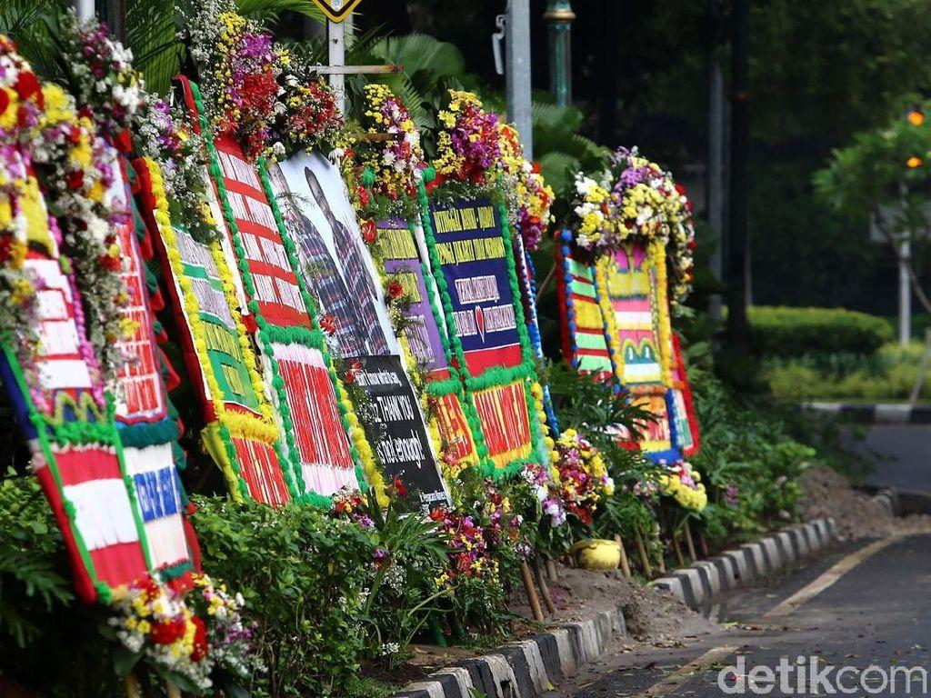 Pesanan Paslon Belum Bisa Kalahkan Karangan Bunga untuk Ahok