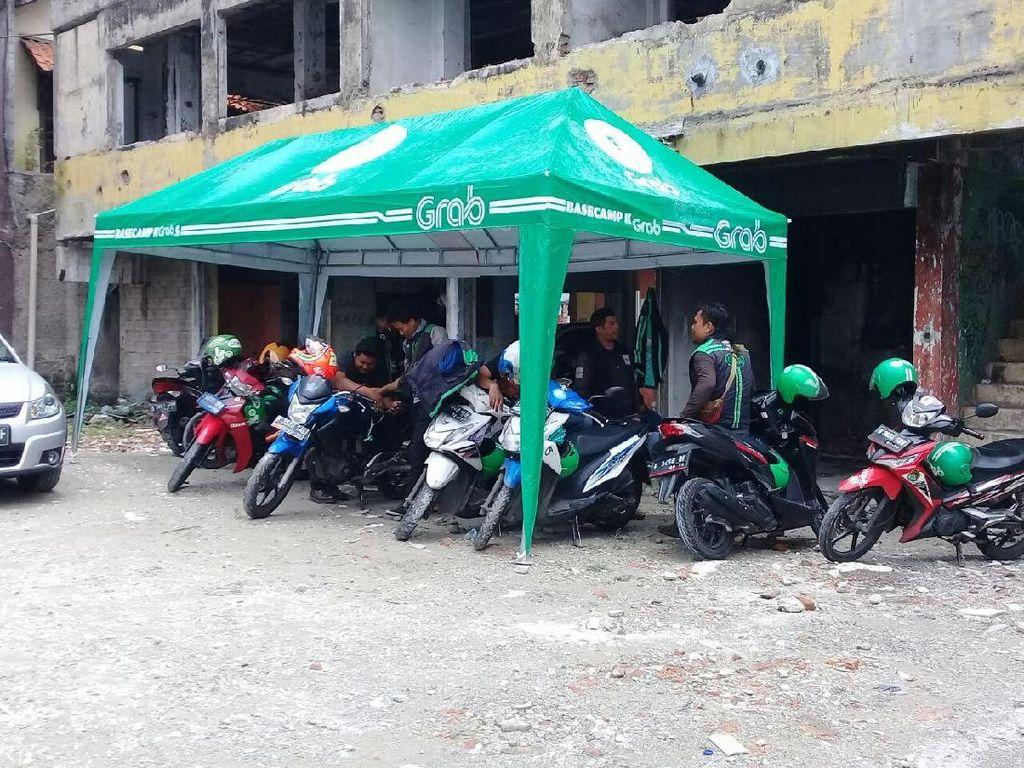 Dishub Jakpus Relokasi Ojek Online di Stasiun Sudirman