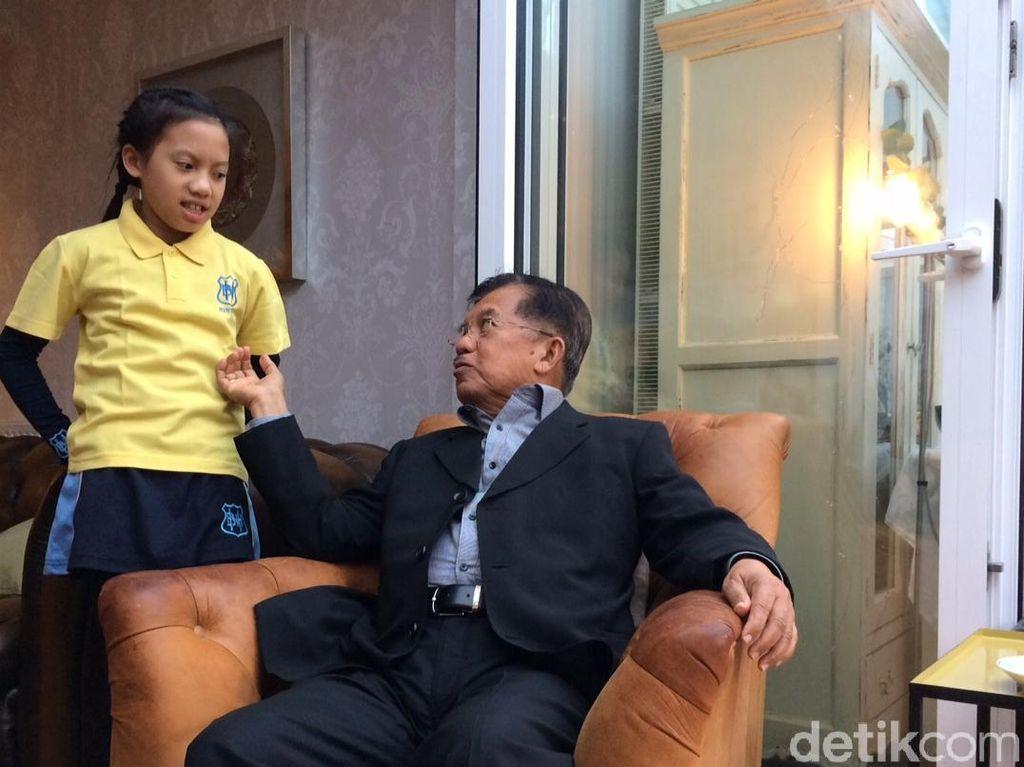 Momen JK Joget dan Nongol di Tik Tok Bareng Cucu