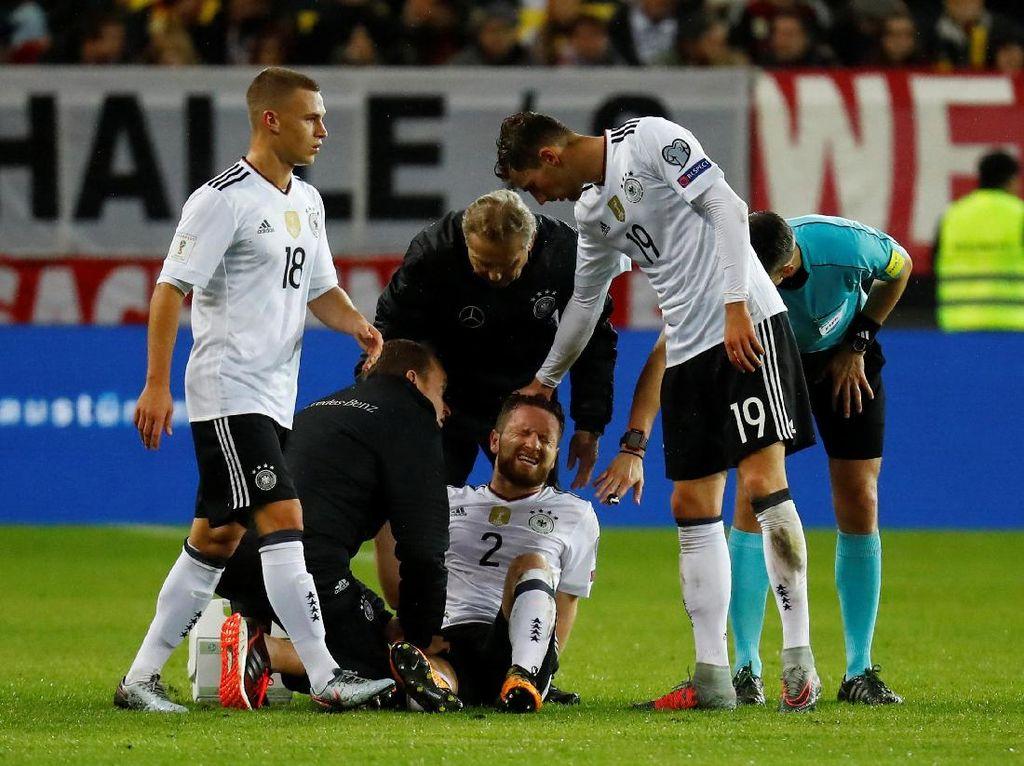 Arsenal Kehilangan Mustafi 4-6 Pekan