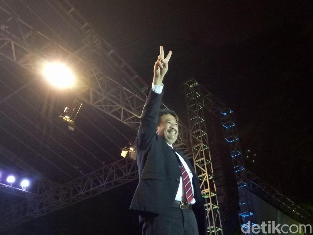 Djarot Puji Pasukan Oranye: Atas Nama Jokowi-Ahok, Saya Bangga!