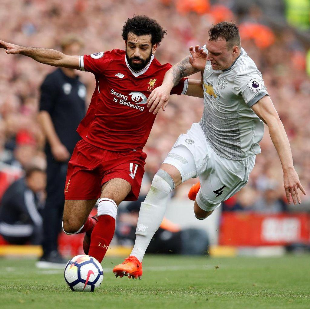 Neville: Kejar Gelar Juara Liga Champions Liverpool, MU!