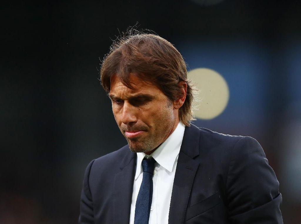 Conte Bisa Atasi Masalah di Chelsea dengan Sulapnya