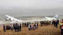 Bangkai Pesawat Jatuh Ditemukan di Pantai Gading