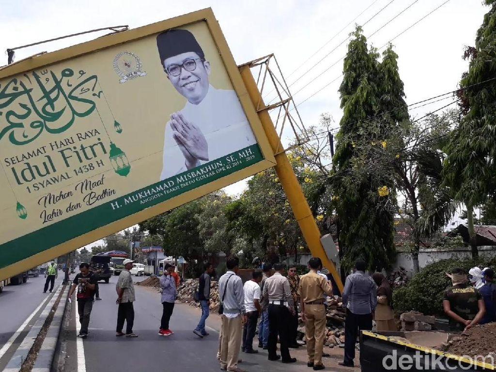 Baliho Tumbang, Posko Rumah Aspirasi M Misbakhun Siap Koordinasi
