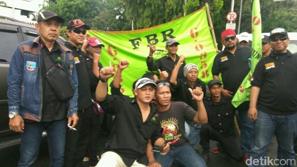 Foto: FBR dan Bang Japar Siap Sambut Anies-Sandi di Balai Kota