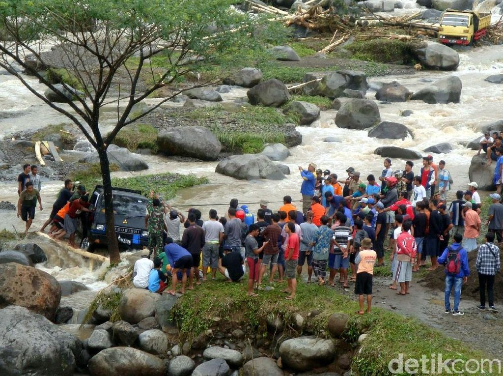 Pasca Banjir Banyumas, Obyek Wisata Baturraden Aman Dikunjungi