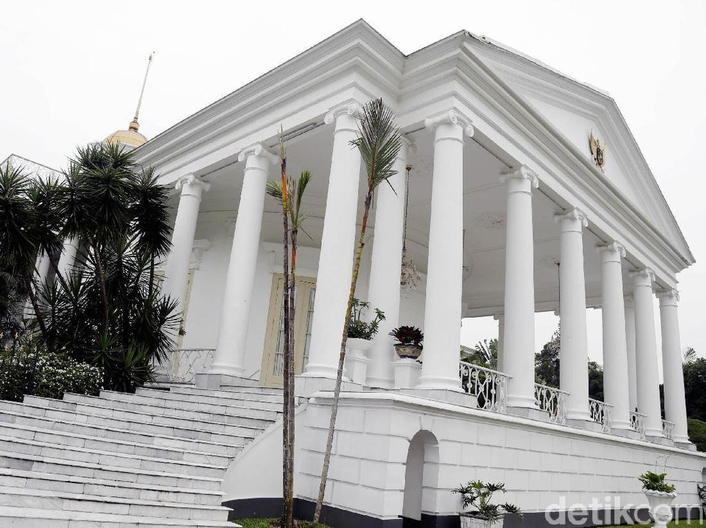 Viral Warga ke Istana Bogor Sabtu Malam, Istana: Tak Ada Pembagian Sembako