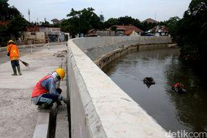 Foto: Penampakan Terkini Normalisasi Sungai Ciliwung di Bukit Duri