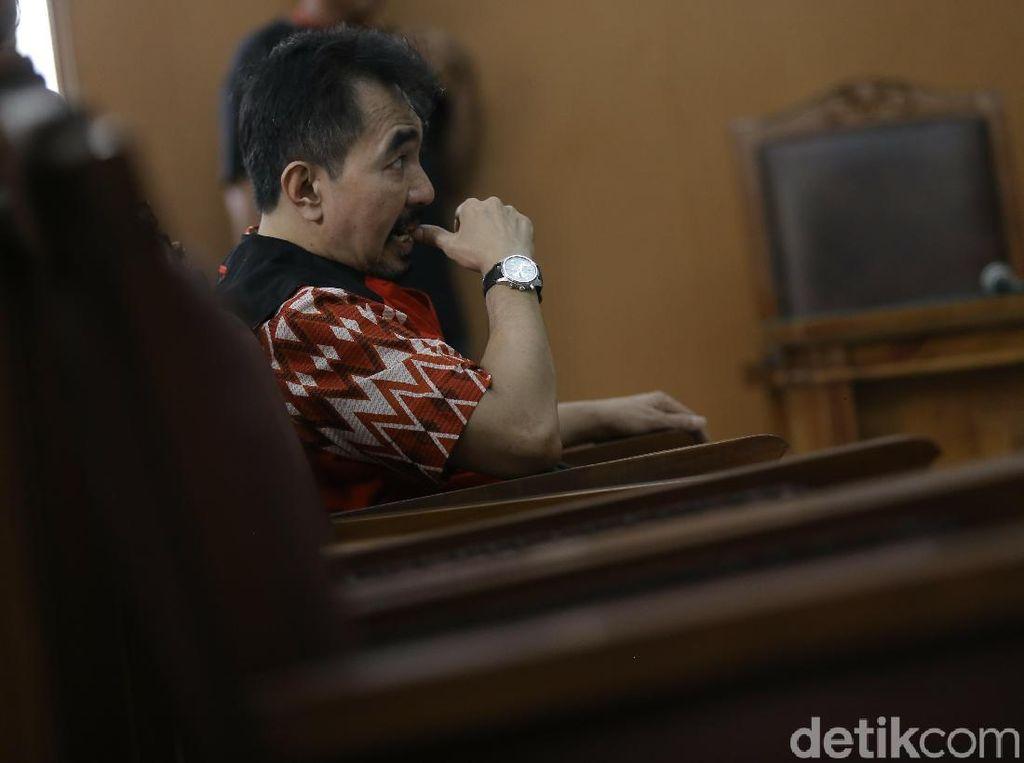 Hujan dan Mati Lampu di Pengadilan Warnai Sidang Kasus Asusila Aa Gatot