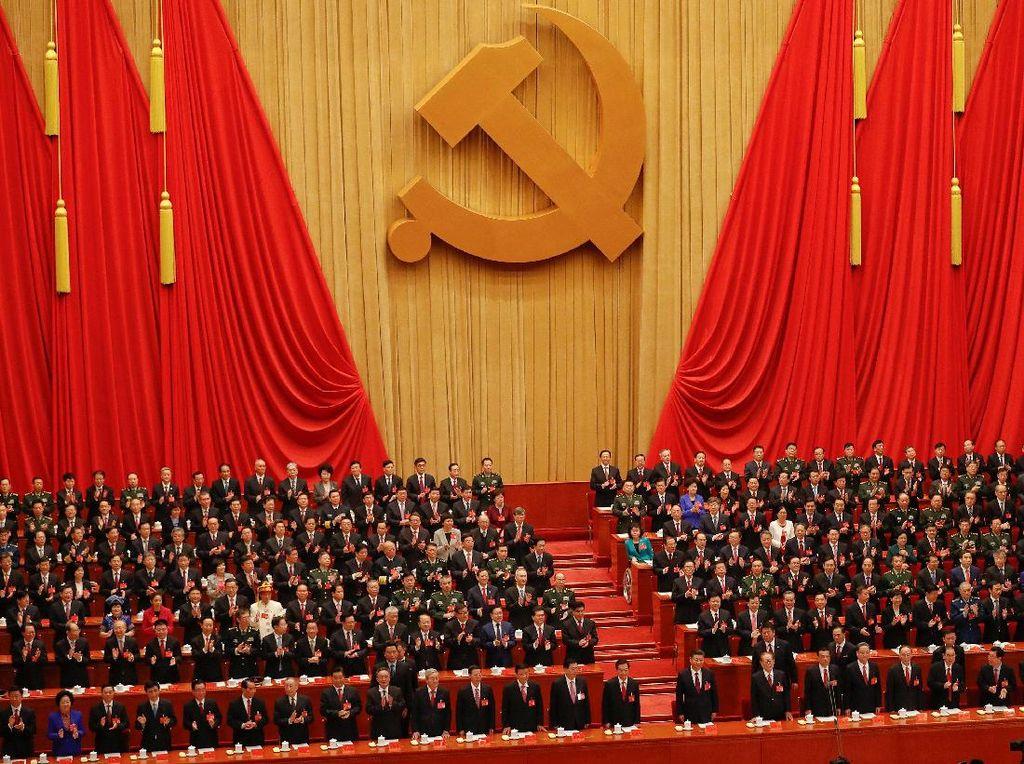 Anggota Partai Komunis China Mau Dilarang Masuk AS