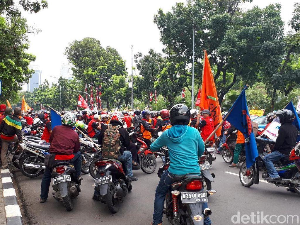 Pengajuan UMP Diterima, Demo Buruh di Balai Kota Bubar