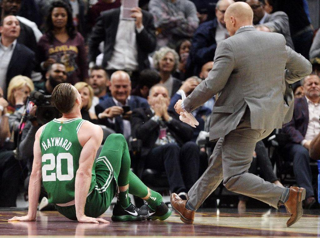 Debut Horor Gordon Hayward di Celtics