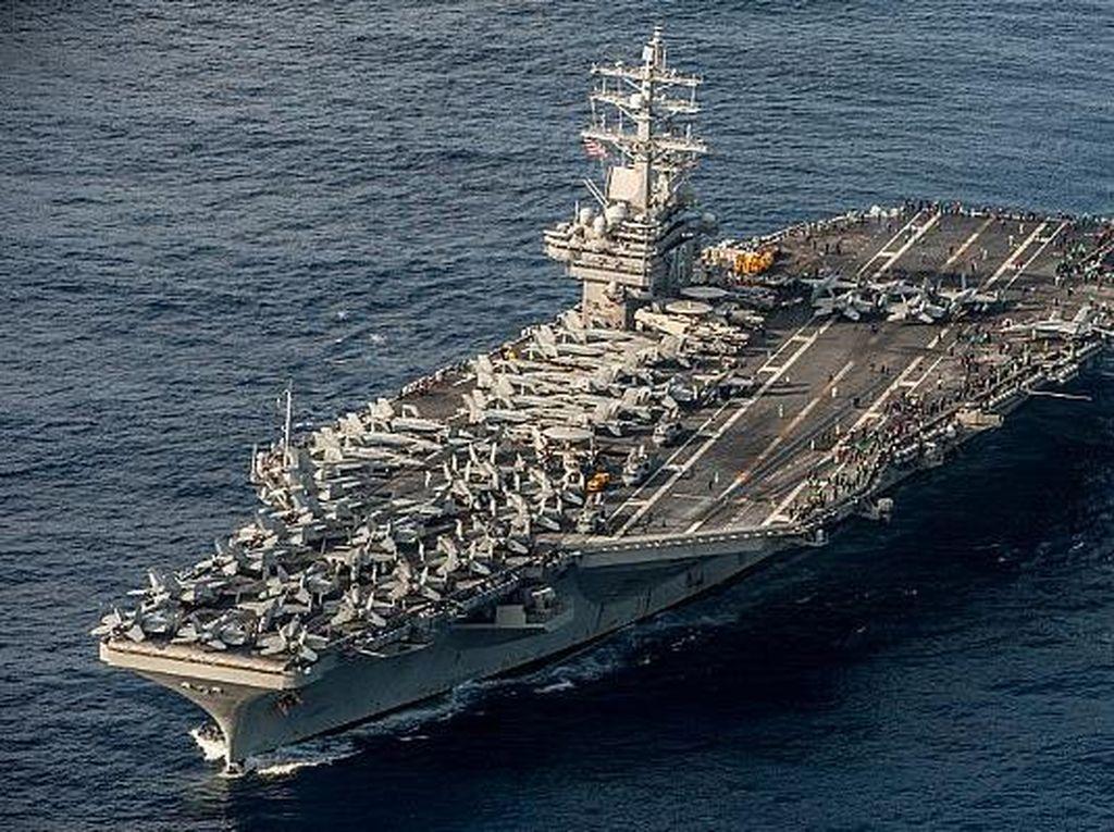 AS Kerahkan Kapal Induk dan Pengebom ke Timur Tengah, Ini Kata Iran