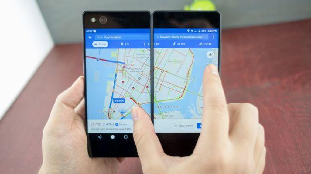 Inilah Android Lipat Pertama di Dunia, Norak Atau Hebat?