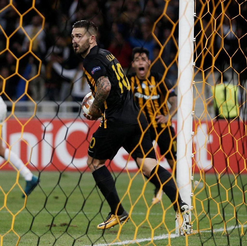 Cinta Inter, Penyerang AEK Ini Ingin Bobol Gawang Milan