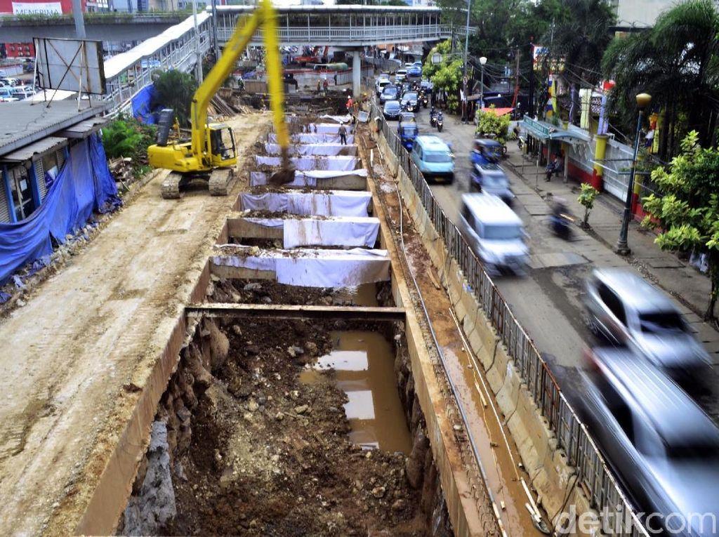 Macet Jadi Alasan Proyek Underpass Matraman-Salemba Dikebut
