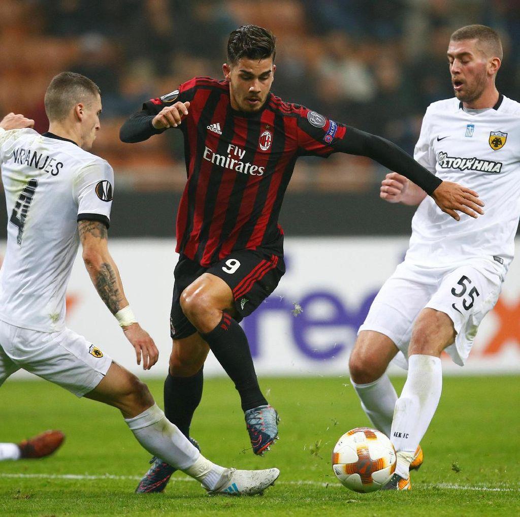 Milan Ditahan AEK Athens Tanpa Gol