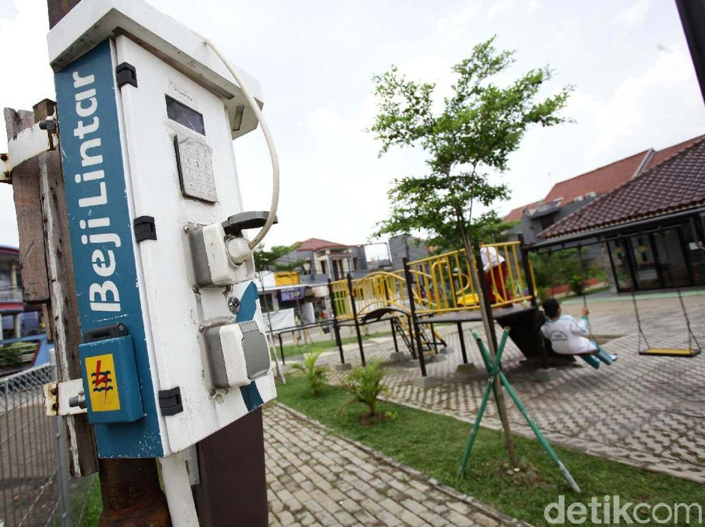 Bakal Ada SPBU Listrik untuk Bus TransJakarta dan Damri