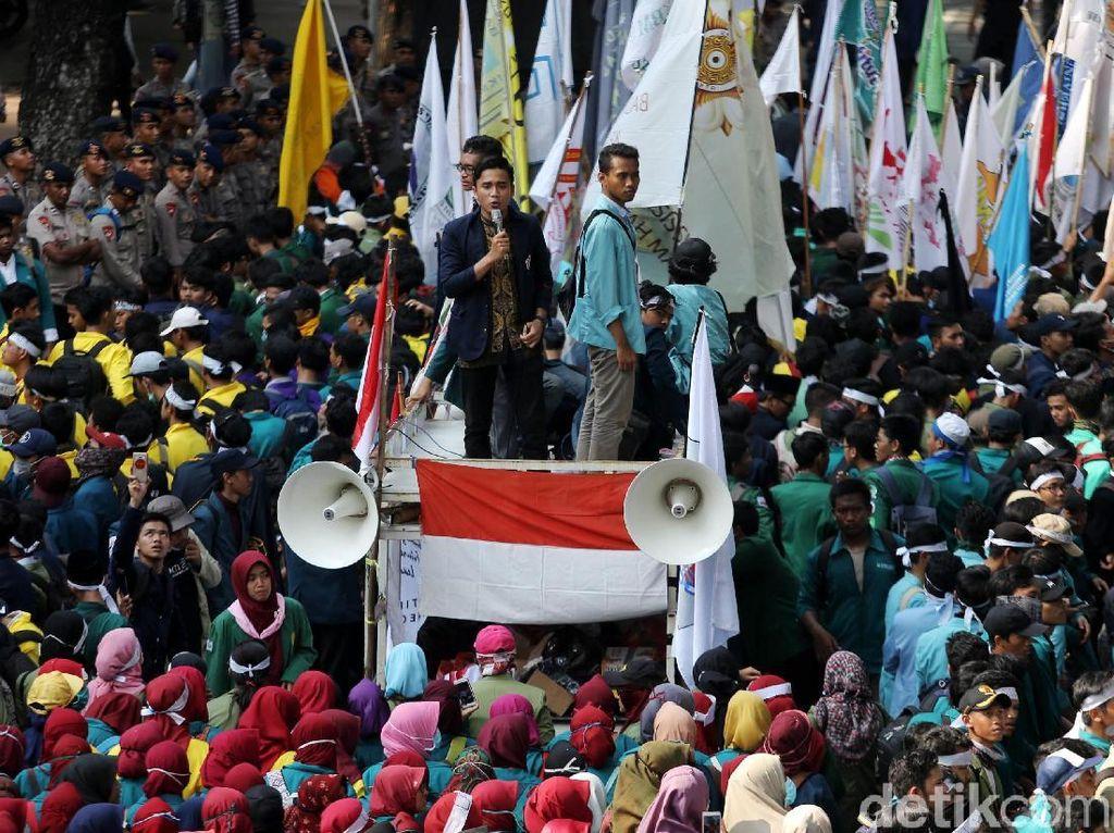 Mahasiswa Akan Demo Istana Hari Ini, Tuntut Perppu Cipta Kerja