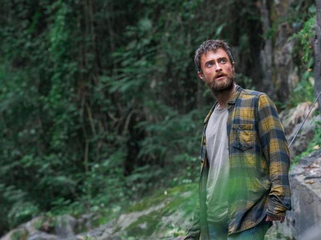 Main Film Jungle, Ternyata Ini Makanan yang Harus Dikonsumsi Daniel Radcliffe