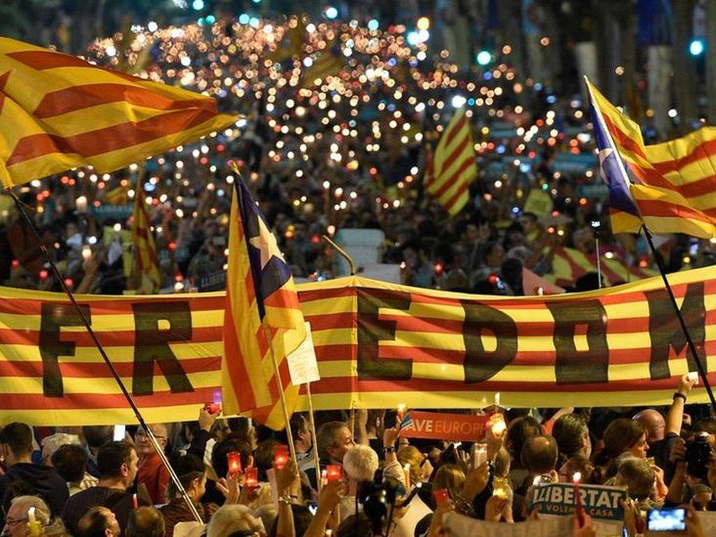 Uni Eropa Lepas Tangan Soal Krisis Catalunya