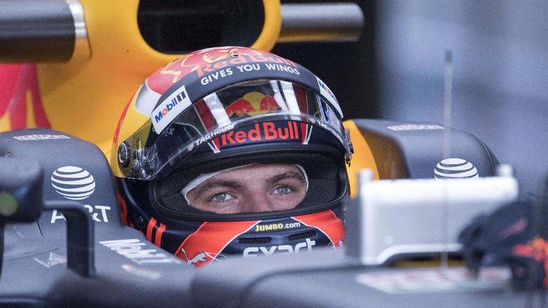 Crash di Latihan Ketiga, Verstappen Diminta Belajar dari Kesalahan