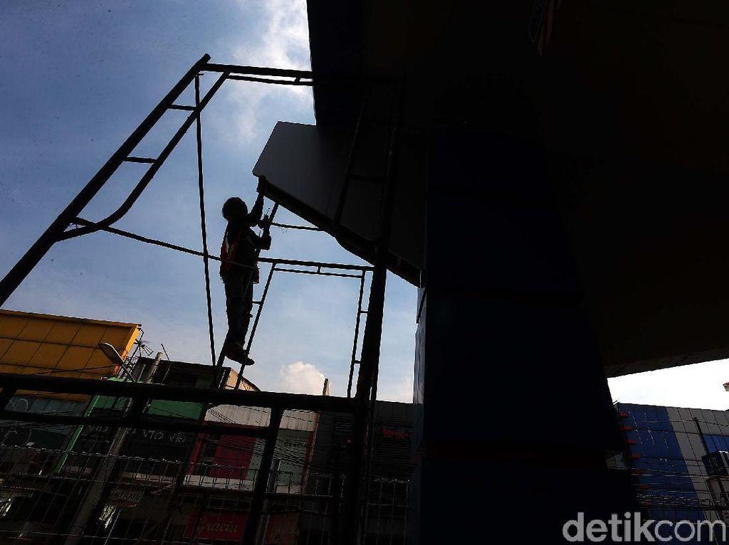 Penyelesaian Akhir Pembangunan Gerbang Tol Becakayu