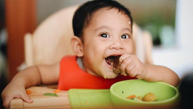 Cara Andien agar Tak Kesulitan Kenalkan Anak Makanan Baru