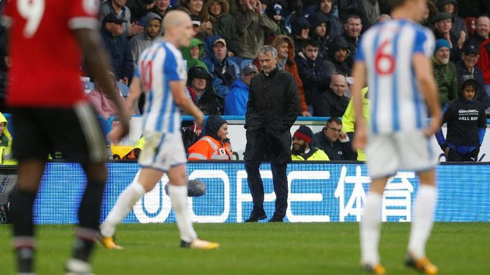 Manajer MU Jose Mourinho saat timnya dikalahkan Huddersfield (Foto: Ed Sykes/Action Images via Reuters)