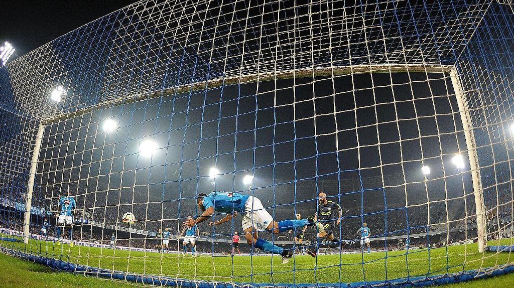 Handanovic Dipuji, Inter Disebut Setara Napoli