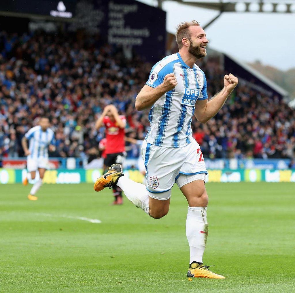 Huddersfield Siap Kejutkan MU Lagi