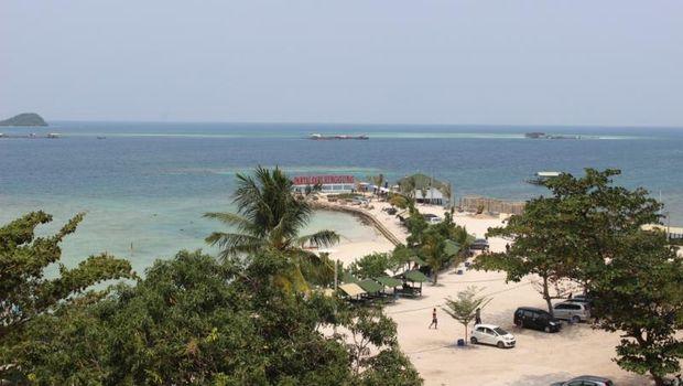 Sari Rutut Beach in Lampung