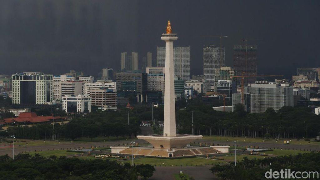 Awan Hitam Menyelimuti Ibu Kota