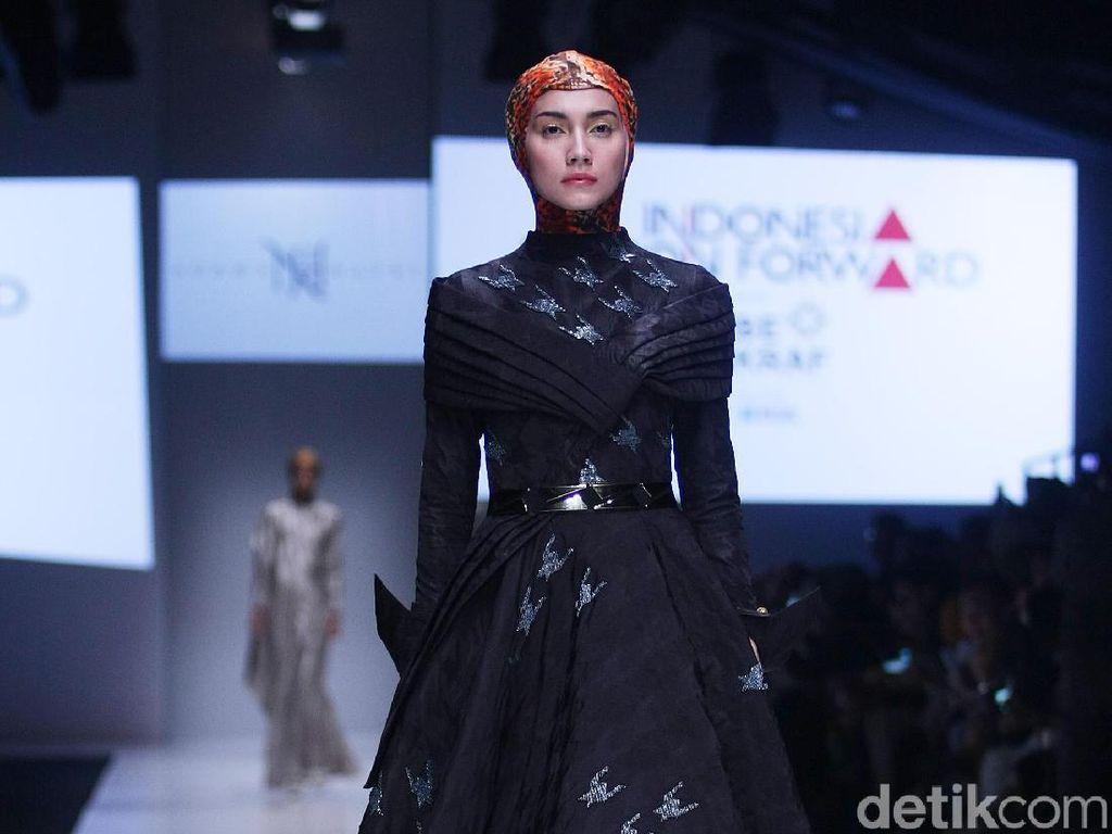 Model Hanya Pakai Ciput Ninja, Ini Keunikan Karya Terbaru Norma Hauri di JFW
