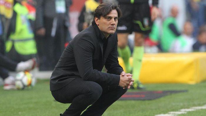 Vincenzo Montella masih percaya diri meski AC Milan belum juga kembali ke jalur kemenangan (Foto: Marco Luzzani/Getty Images)