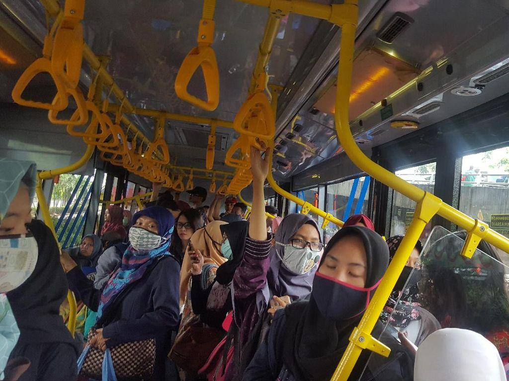 Foto: Menjajal Rute Anti Macet TransJ Arahan Sandiaga
