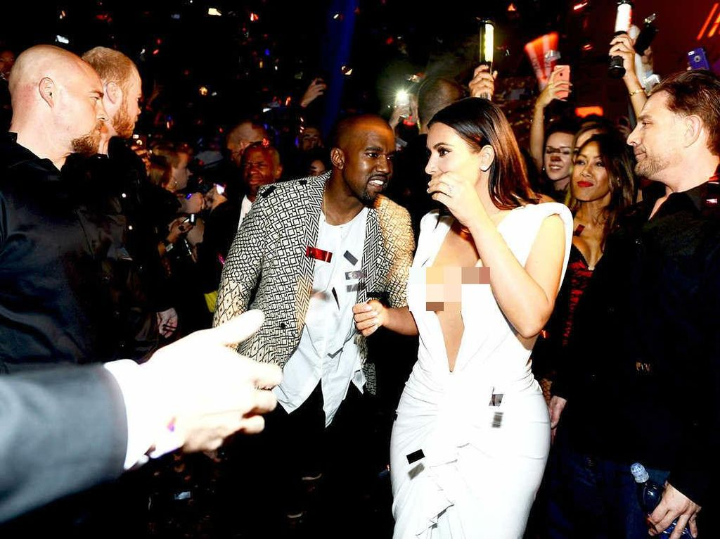 Intip Pesta Baby Shower Mewah Kim Kardashian yang Hamil Lewat Ibu Pengganti