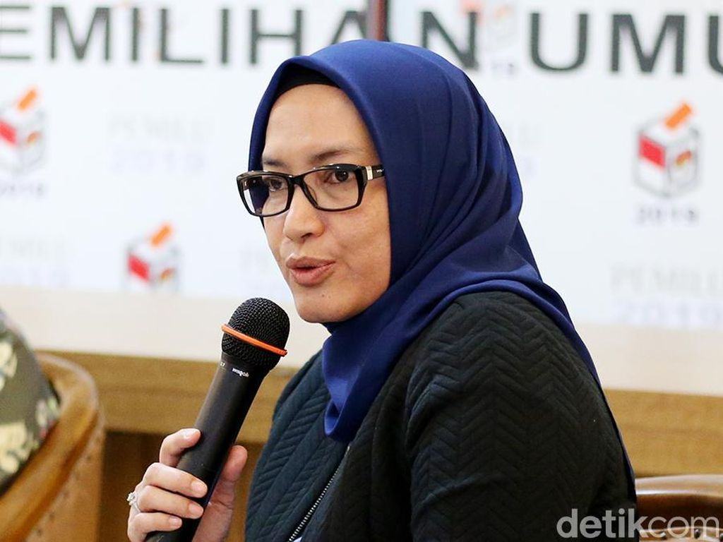 Disanksi DKPP, Evi Novida Tetap Jabat Komisioner KPU