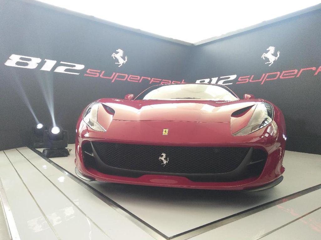 Mobil Terkuat Buatan Ferrari Meluncur di Tanah Air