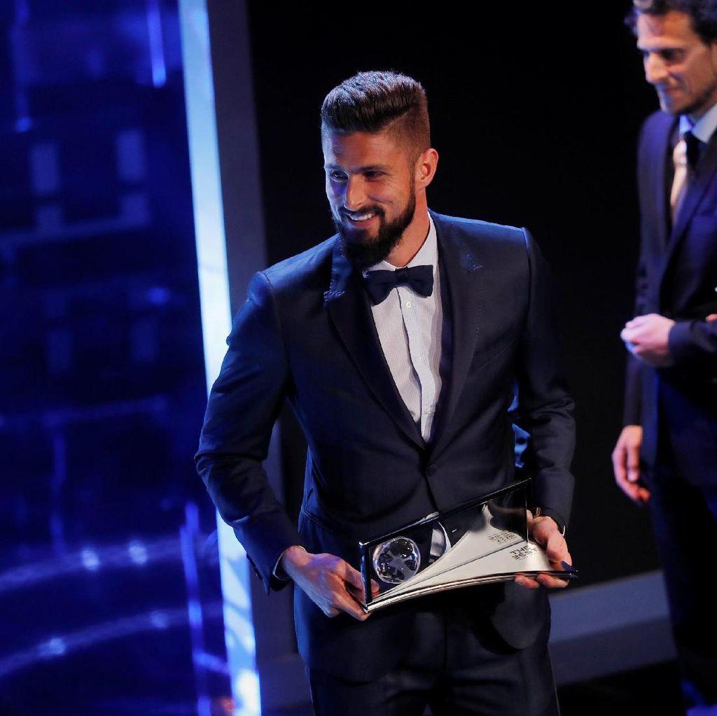 Gol Tendangan Kalajengking Giroud Jadi yang Terbaik di 2017