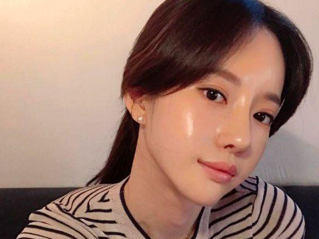 Tips Makeup untuk Dapatkan Wajah Glass Skin