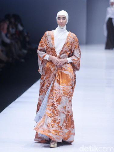 Norma Hauri Rilis Koleksi Baju Muslim Kasual Terinspirasi Jackie O