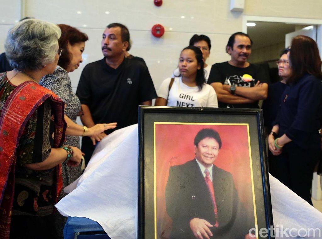 Doa-doa untuk Almarhum Benny Panjaitan