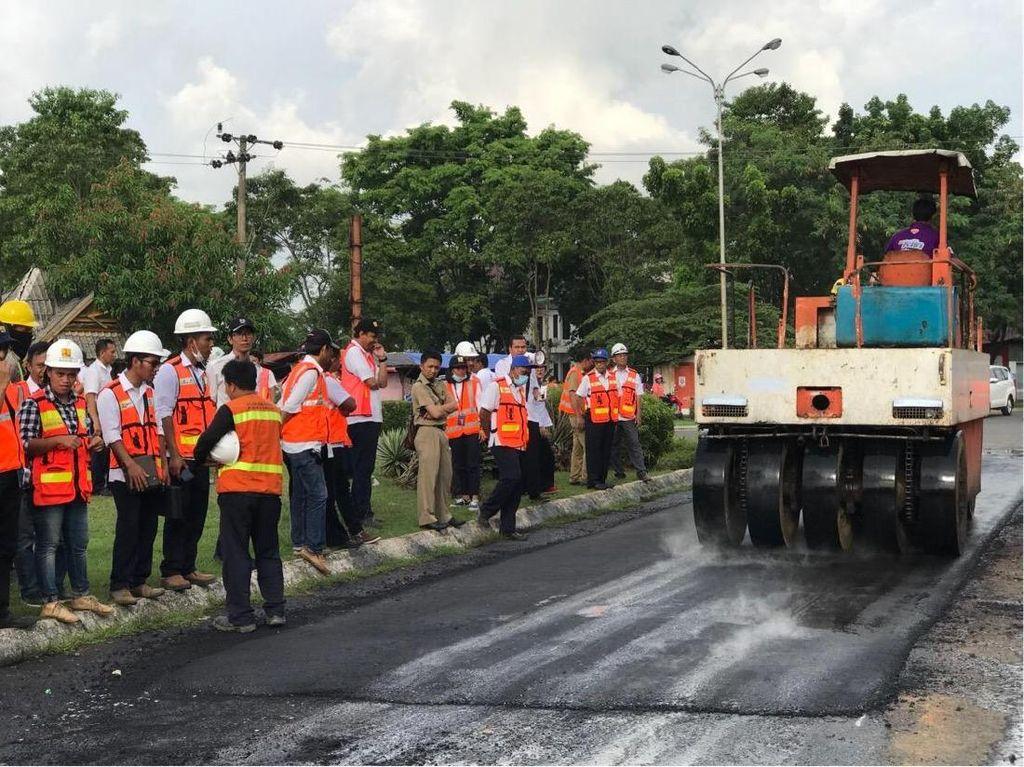 65 Km Jalan Nasional bakal Dilapisi Aspal Campur Karet