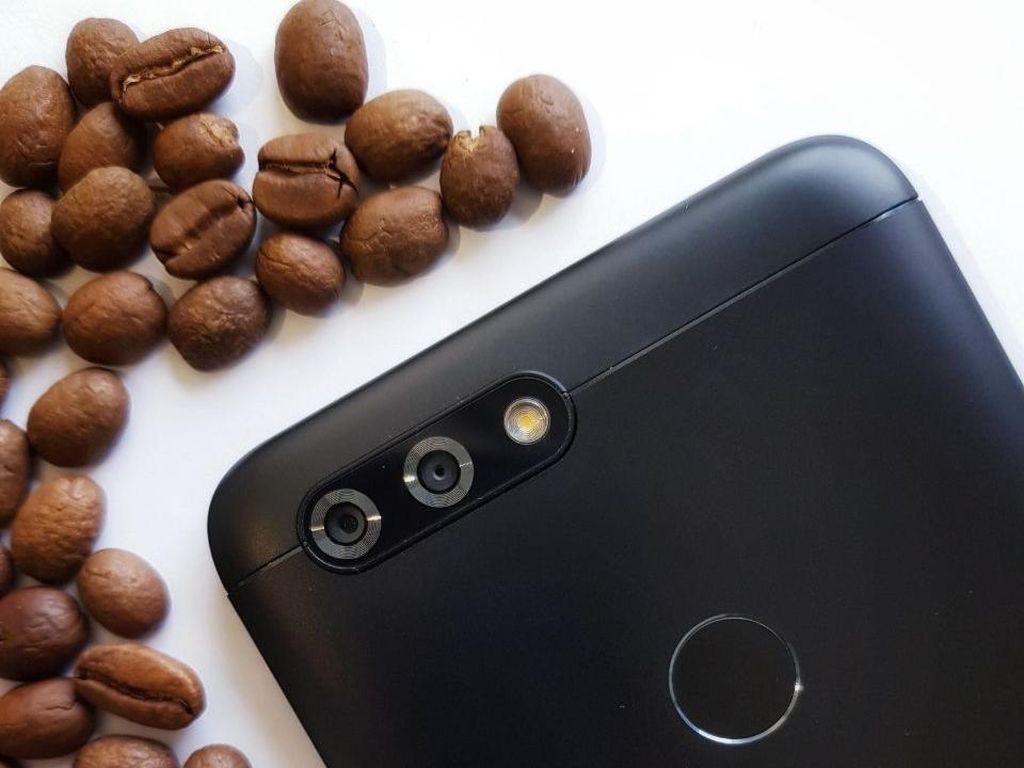Ada Ponsel Berkamera Empat, Khusus Selfie 28 MP