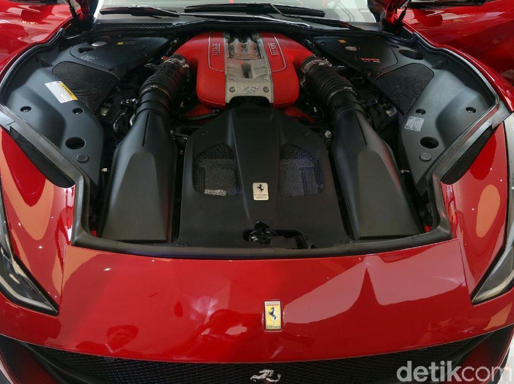 Mesin V8 Ferrari Jadi Mesin Terbaik 2018