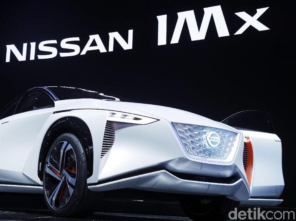 Mobil Listrik Nissan ini Bisa Nyetir dan Parkir Sendiri