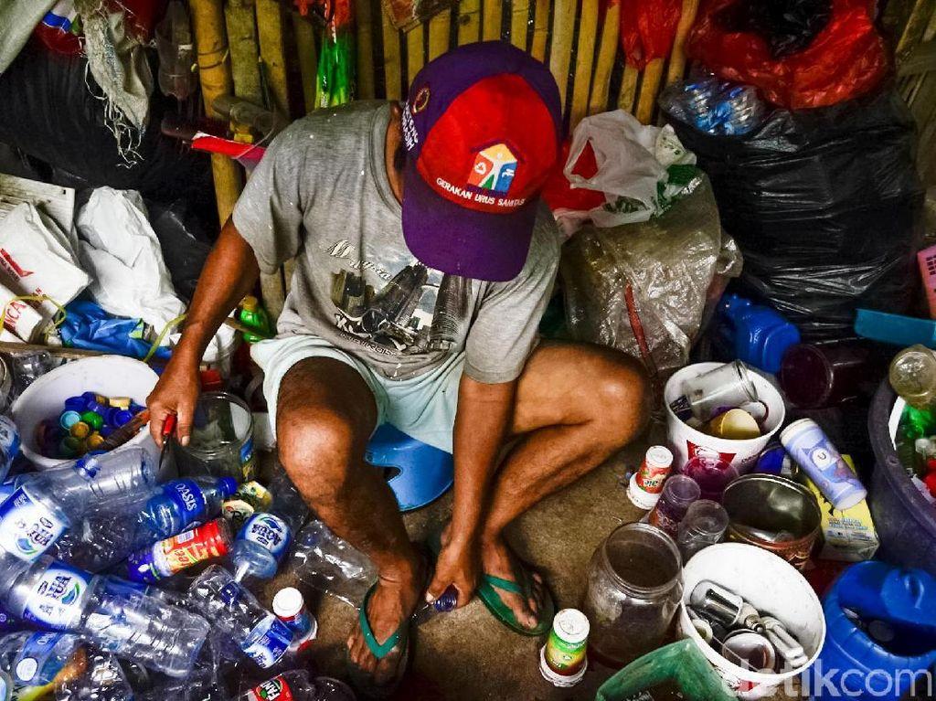 Mengolah Sampah Menjadi Berkah