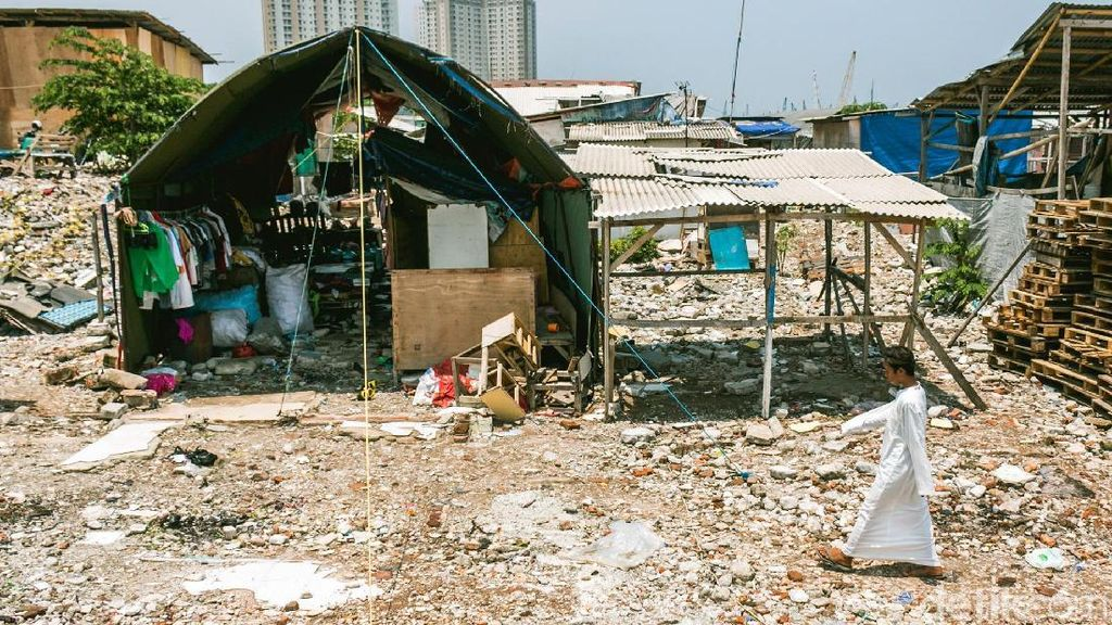 Foto: Bedeng dan Gubuk Liar Kembali Muncul di Kampung Akuarium